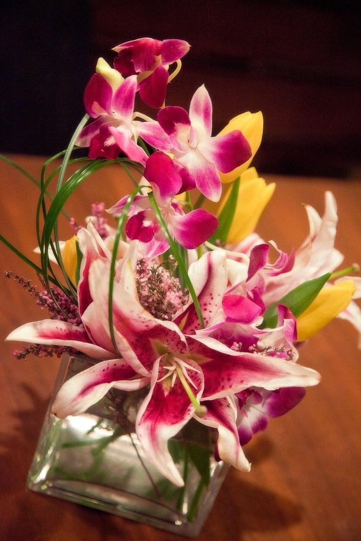 Flower Bouquets, Unique Flowers - Hibiscus Flowershop - Brooklyn, Ny