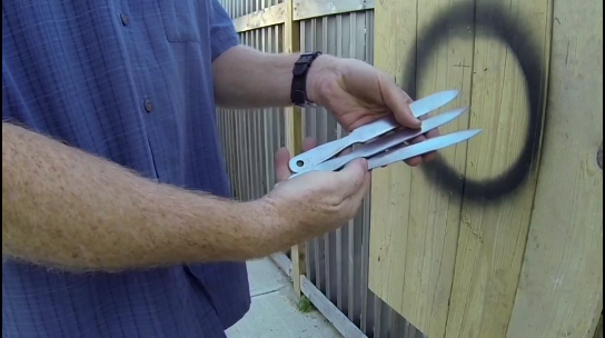 DIY Throwing Knife Set made from files. www.DIYeasycrafts.com