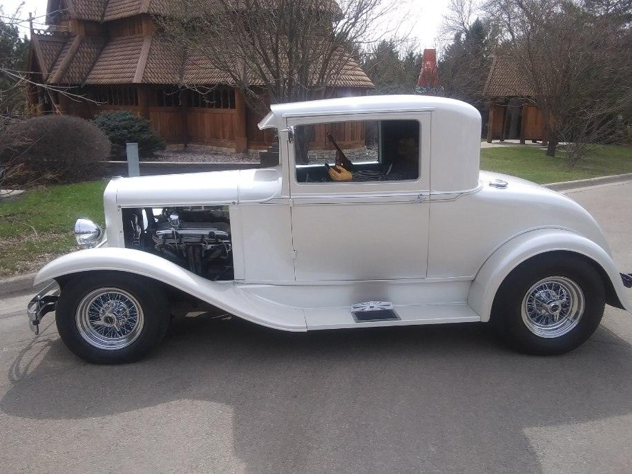 1930 Plymouth