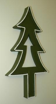 How to make a wall hanging Christmas Tree decoration. www.DIYeasycrafts.com