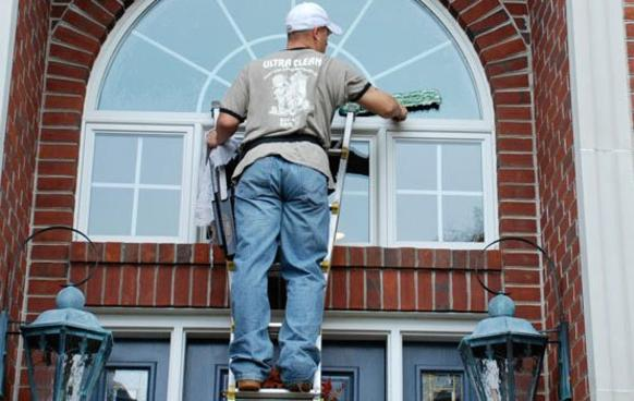 Pocket Friendly Exterior Window Cleaning Service in Edinburg Mission McAllen TX | RGV Janitorial Services