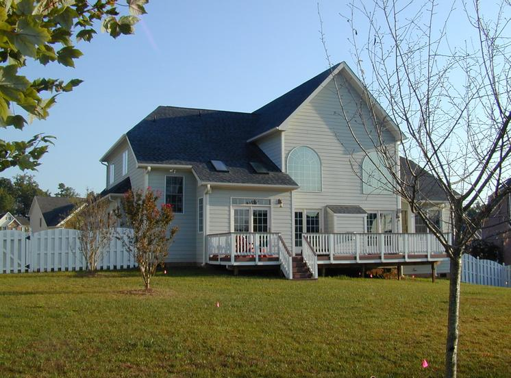 Exterior of home before screened porch addition