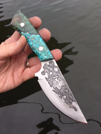 Lion Fish etched knife by bergknifemaking. FREE how to instructions www.DIYeasycrafts.com