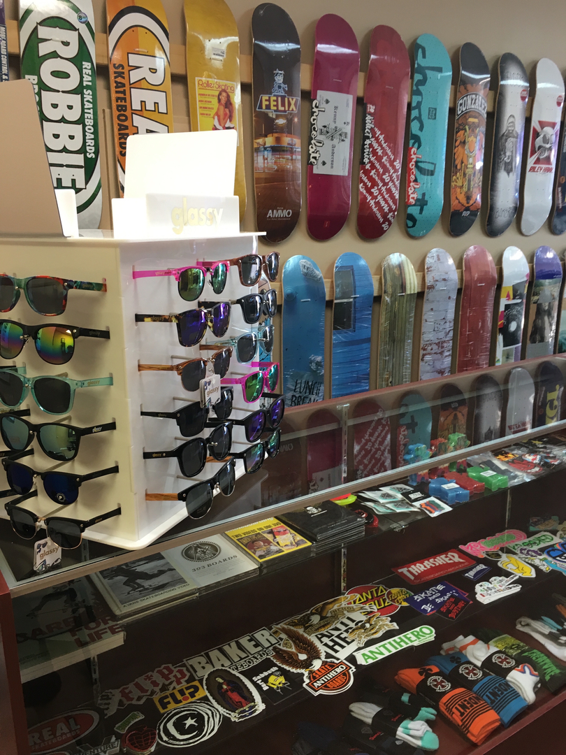 best website 1c19d 0a425 Mad Skate Shop Home
