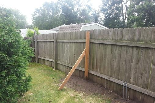Reliable Fence Repair Service and cost near Hallam Nebraska| Lincoln Handyman Services