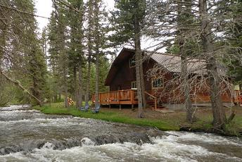 Spring into Red River Lodging Deals, Discounts & Packages
