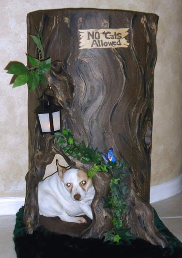 Wildwood Lair Tree Stump Dog Bed