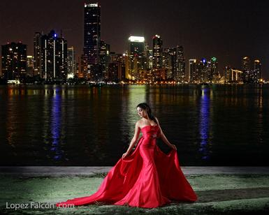 QUINCEANERA NIGHT SHOOTS QUINCE AT NIGHT PHOTOGRAPHY MIAMI