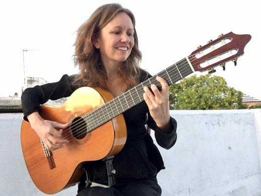Learn classical guitar in Seville, Spain