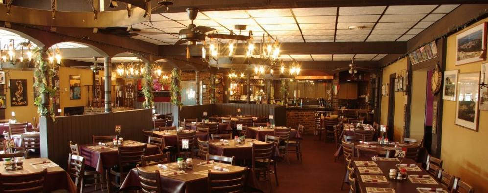 Luigis Italian Restaurant In Manitowoc Wi