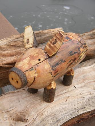 How To Make A Country Decor Firewood Piggy Bank