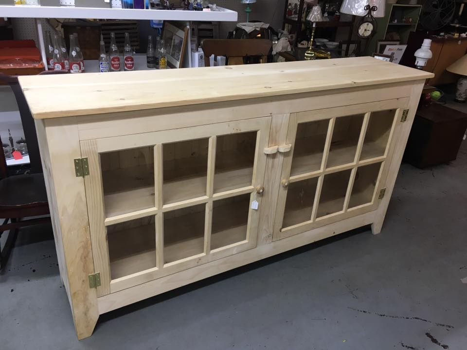 Amish hand made cabinets - Furniture Antiques, Elkhart Flea Market, Elkhart Antique Store, New
