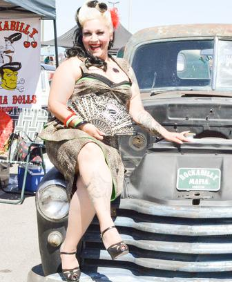 Rockabilly Mafia Dolls Ayden Rae Foundation Route Online Car - Car show dolls