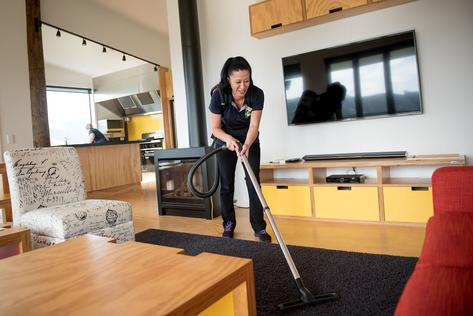 HOUSE PRE-SALE CLEANING SERVICES