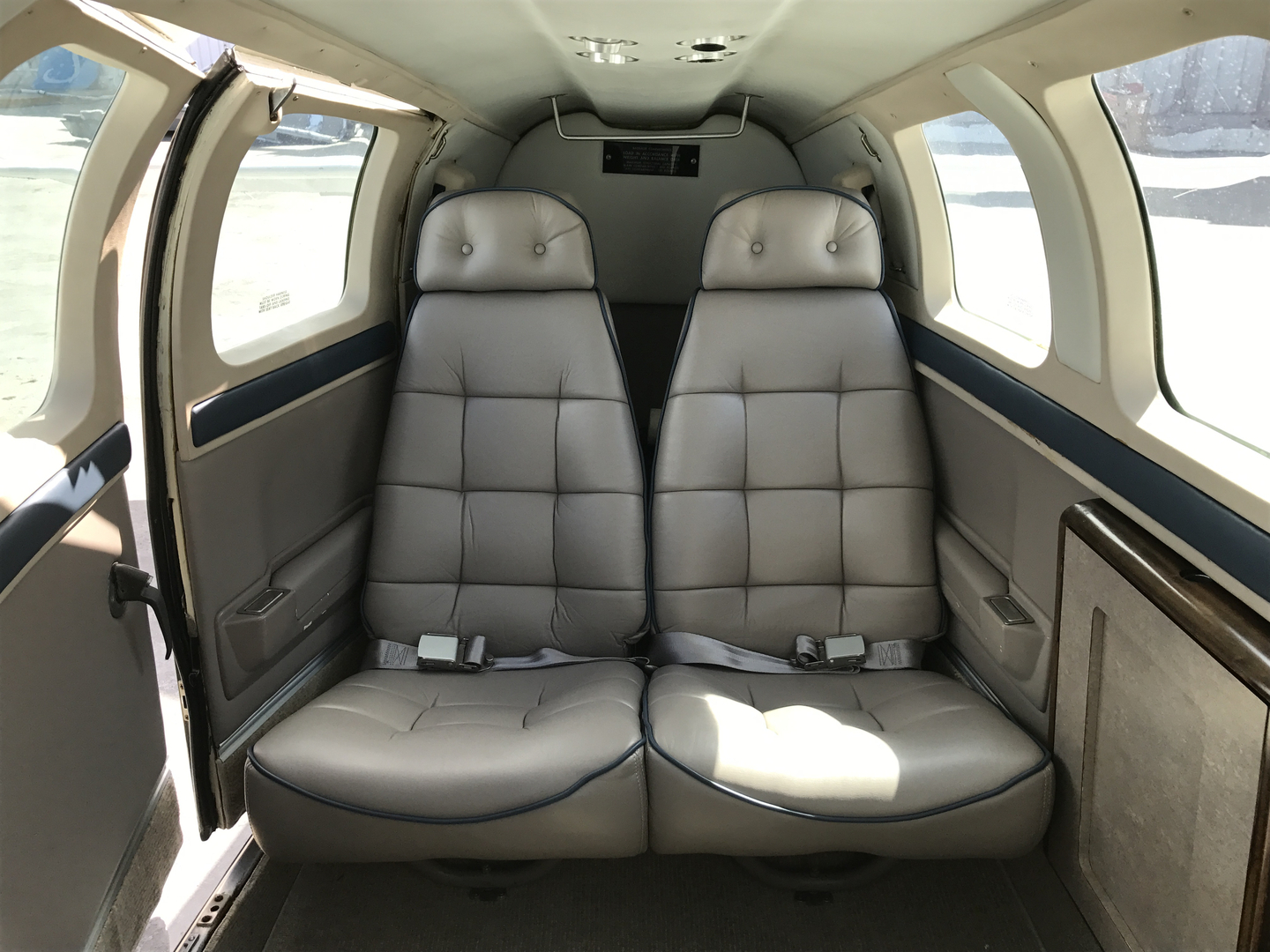 Custom Aircraft Interiors - Sand Sea and Air Interiors