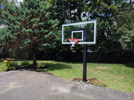 IN-GROUND BASKETBALL HOOP ASSEMBLY