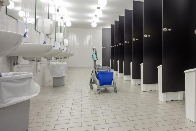 Best Office Restroom Cleaning Service in Omaha NE | Price Cleaning Services Omaha