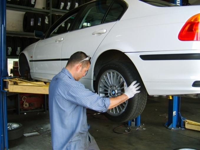 Tire Rotation Services and Cost in Las Vegas NV | Aone Mobile Mechanics