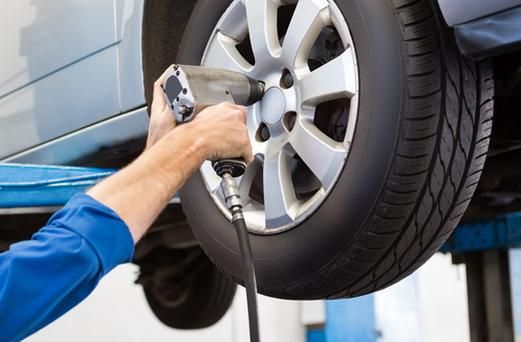 FLAT TIRE CHANGE SERVICES IN OMAHA NE