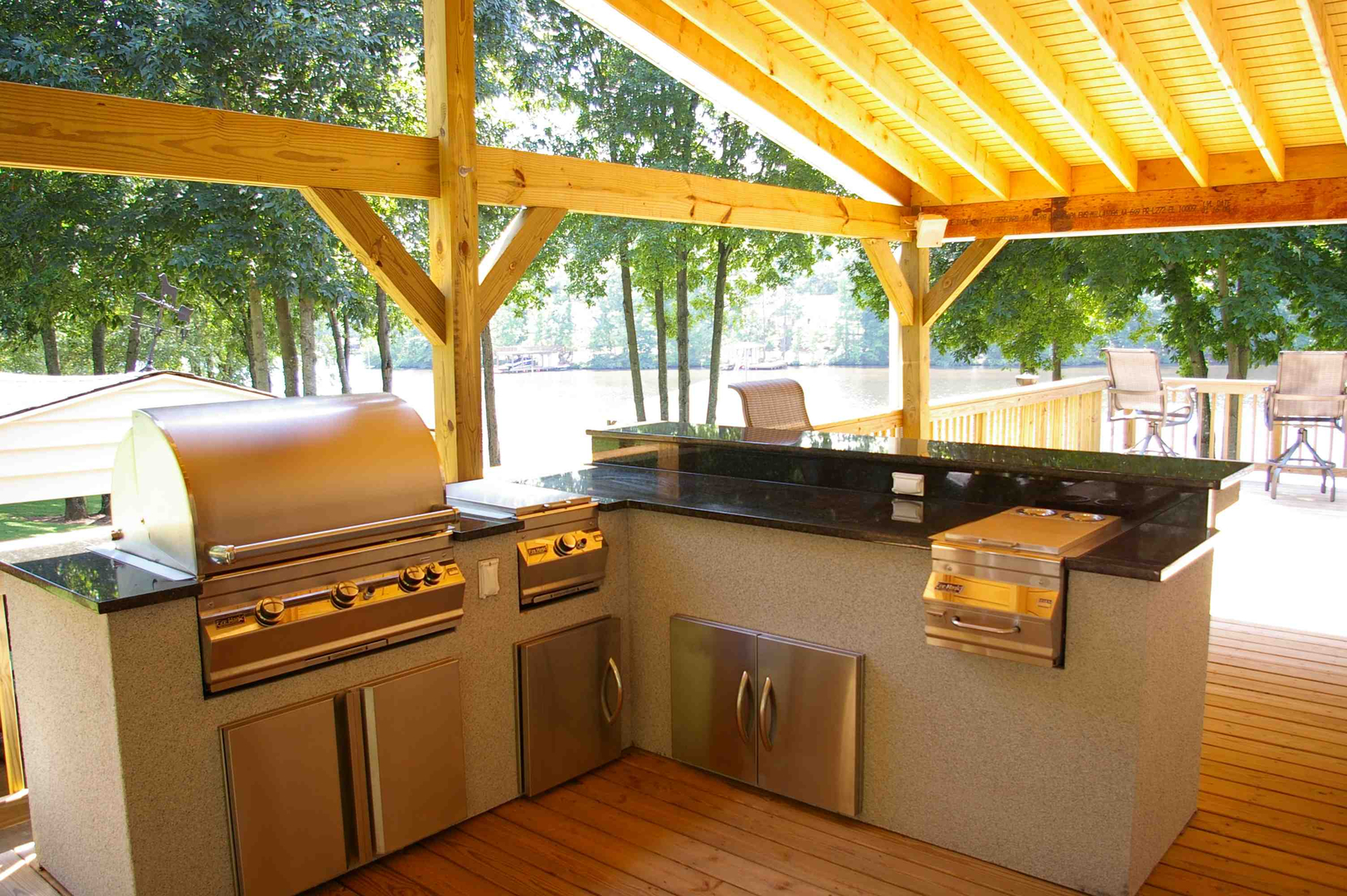 Outdoor Kitchen Roof Outdoor Kitchens