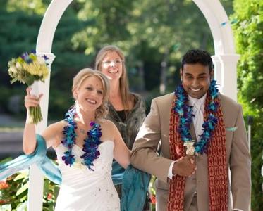 A Wedding that Shared Hindu Traditions at Centennial Lakes in Edina Minnesota