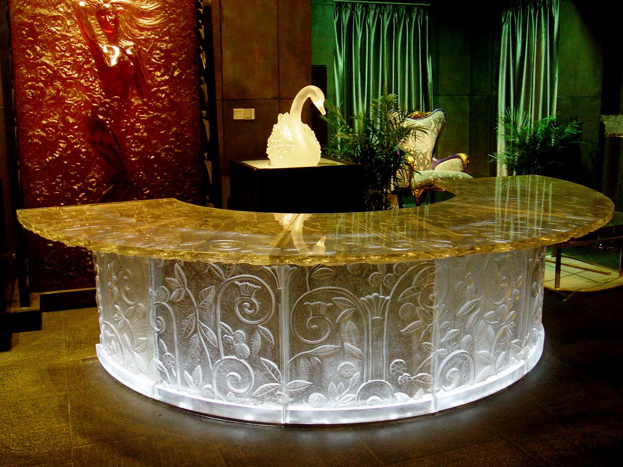 Ngi Designer Glass