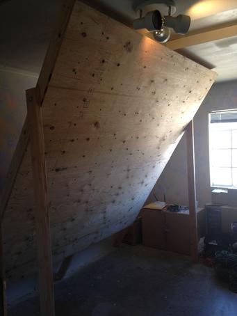 Stone Adventures - Joshua Tree Rock Climbing Guides - Freestanding Home Rock Climbing Wall Erected