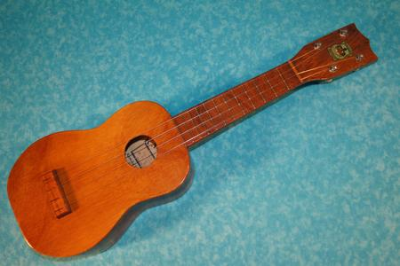 Kamaka Ukulele Monkey Pod Blue Label