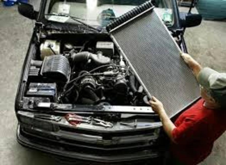 Mobile Radiator Repair Replacement Services and Cost in Omaha NE | FX Mobile Mechanic Services