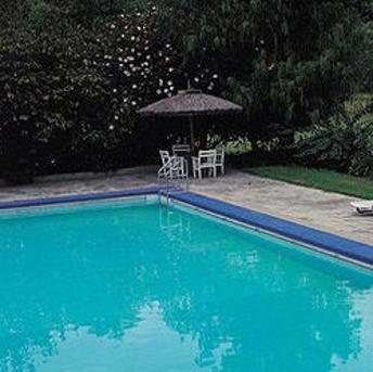 Cloudy pool water, causes & cures, Pool-care.net