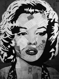Marilyn MONROE Red Flower Print BW