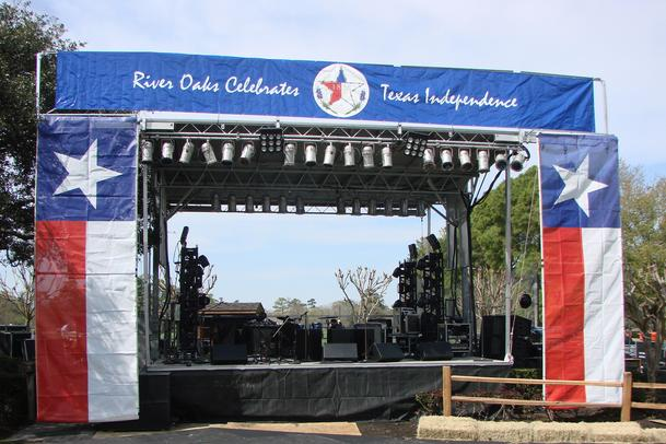 R & R Staging -Texas Mobile Stage Rental