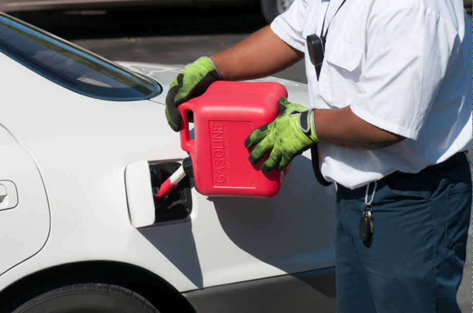 Mobile Out of Gas Help Services and Cost in Omaha NE | FX Mobile Mechanic Services