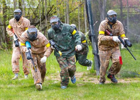 "<img src=""BachelorPartyPaintball.jpg"" alt=""Group of guys playing paintball for Bachelor party in Nashville"">"