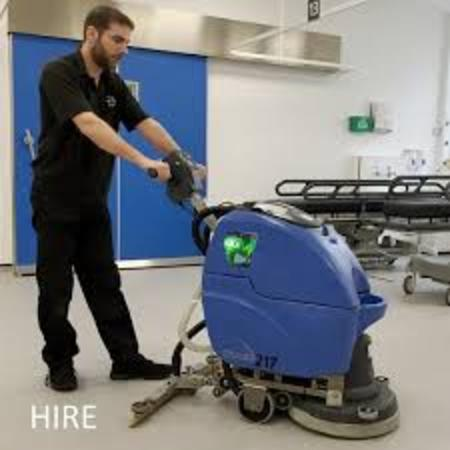 FLOOR CLEANER EDINBURG MISSION MCALLEN TX RGV JANITORIAL SERVICES​