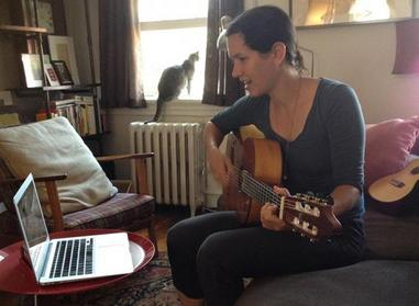 online lessons are a great way to learn flamenco guitar outside of Spain