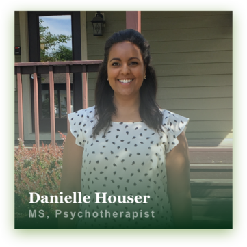 Danielle Houser Therapist