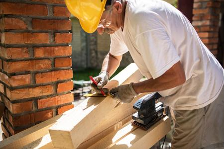 Best Carpentry Services Carpenter Company and Cost Las Vegas, NV| MGM Household Services