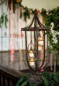 Beautiful Lantern for Ceremony Decor MN