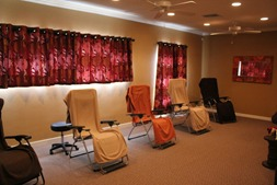 Community acupuncture for The family room acupuncture