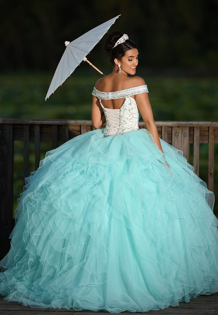 Beautiful Brooke Davis Wedding Dress Images - Styles & Ideas 2018 ...