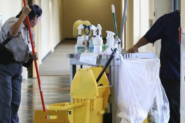 Business Cleaning Services and Maintenance Omaha NE | Price Cleaning Services Omaha