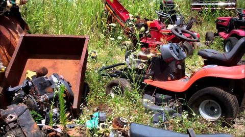 LAWN JUNK REMOVAL SERVICES