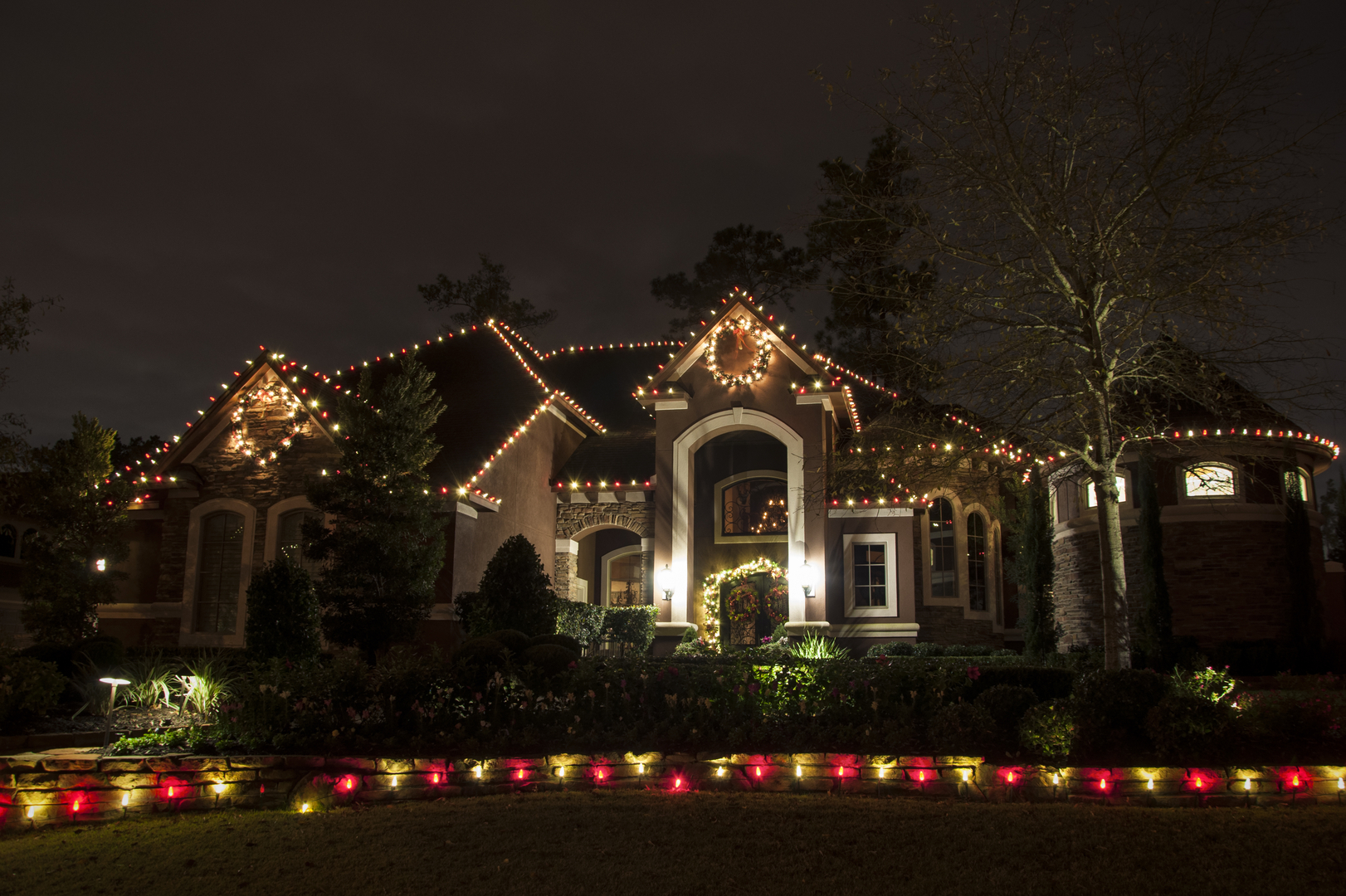 Professional outdoor lighting installation repair houston we provide professional outdoor lighting mozeypictures Images
