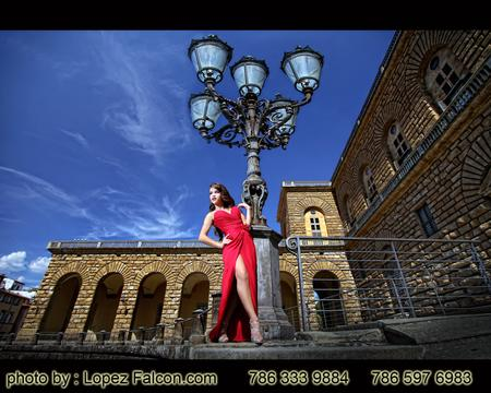 Florence Quinceanera Photography Quince Photo Shoot in Florence Italy Quince Firenze Video Florence Quinces Dresses in Florence Fotos de Quince en Florencia Italia Fotografo para Quinceanera Vestidos de 15 Fifteens Pictures Sweet 16 15 Quince Photographer in Florence Italy