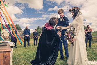 handfasting, outdoor wedding