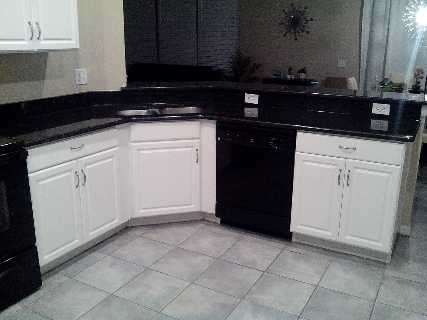 countertop granite with cloud tampa countertops white silver viscount spaces simple