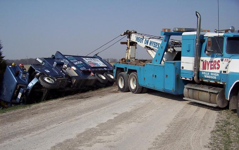 Specialized Recovery Services in Omaha NE | 724 Towing Services Omaha