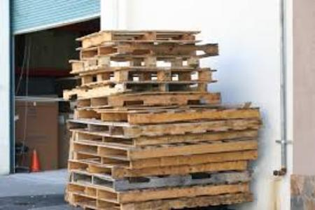 Pallet Removal Pallet Recycling Junk Wooden Pallet Haul Away Service And Cost | Lincoln NE | LNK Junk Removal