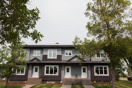 122 Street Edmonton Net Zero Homes